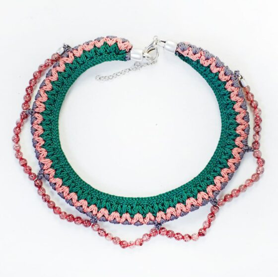 PINK_NECKLACE
