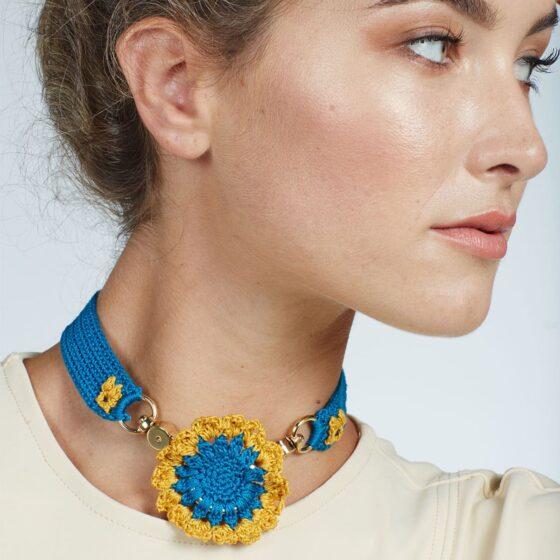 blue-choker-necklace-04-untitled-barcelona